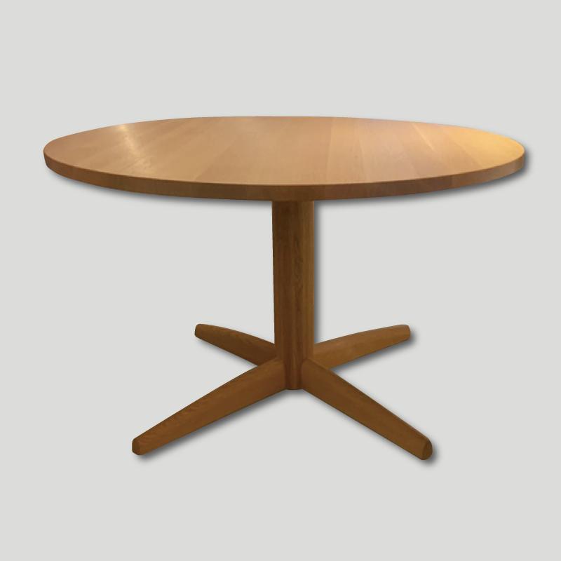 1本脚丸テーブル