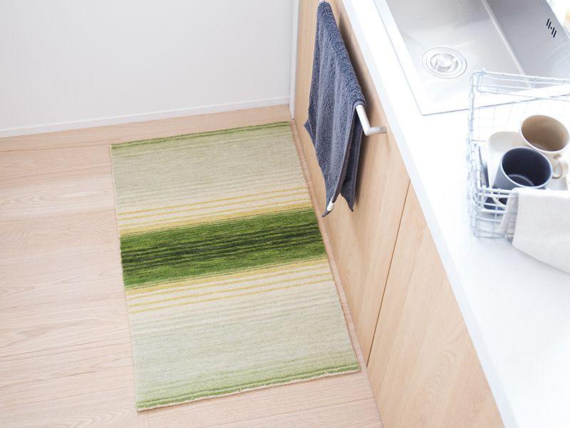 オリジナルラグ  玄関・キッチンマット グリーン/ER6177E-60G キッチン使用イメージ