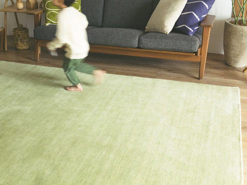 てざわりプレーン オールシーズン対応のウール絨毯