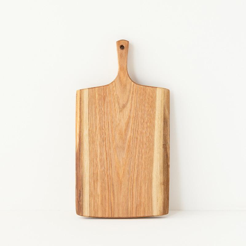 国産材のカッティングボード 胡桃