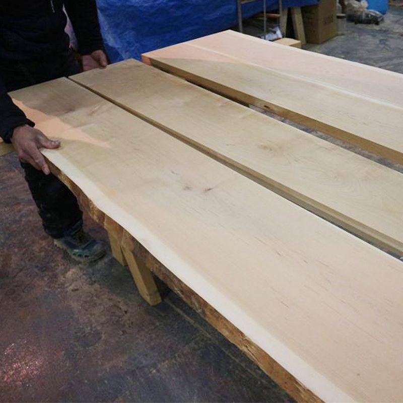 国産材テーブル製作の様子