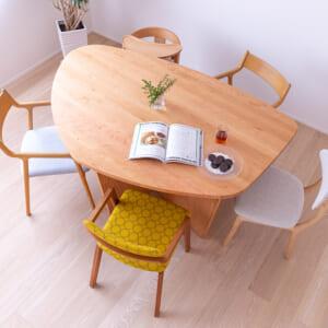 ライス型テーブル
