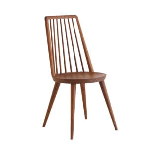 コンパクトで軽い無垢の椅子