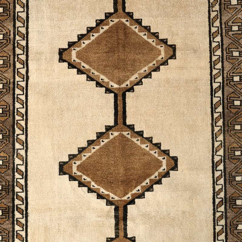 ヴィンテージラグ シラーズ / イラン / 1990年代 / 106 x 194cm / OR44-3012005 デザイン