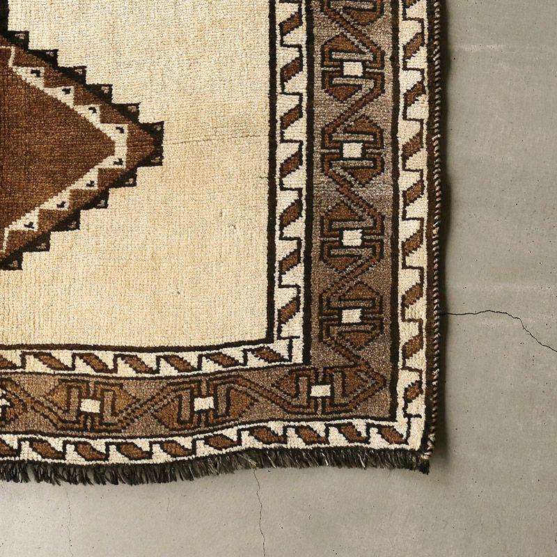 ヴィンテージラグ シラーズ / イラン / 1990年代 / 106 x 194cm / OR44-3012005 角