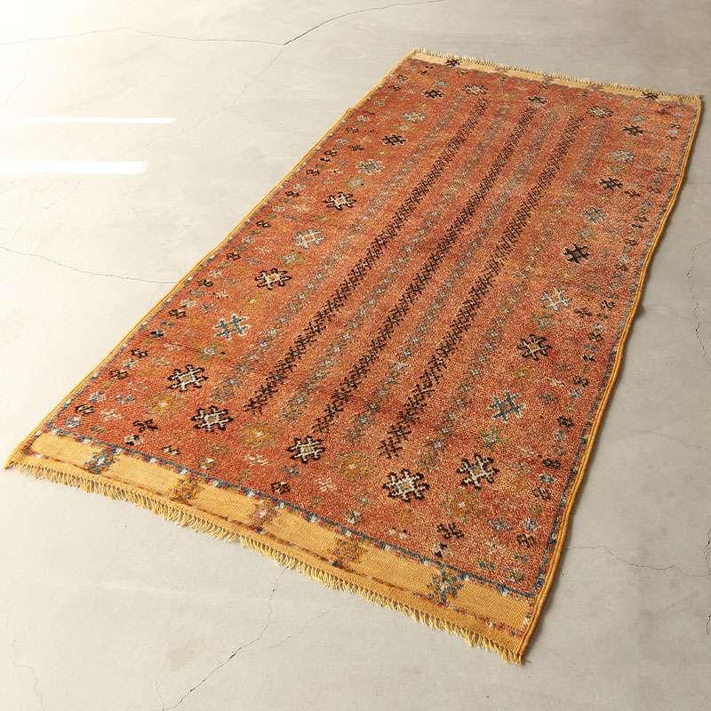ヴィンテージラグ ベルベル / モロッコ / 1980年代 / 100cm x 188cm / OR47-3012008 濃く深い色合い