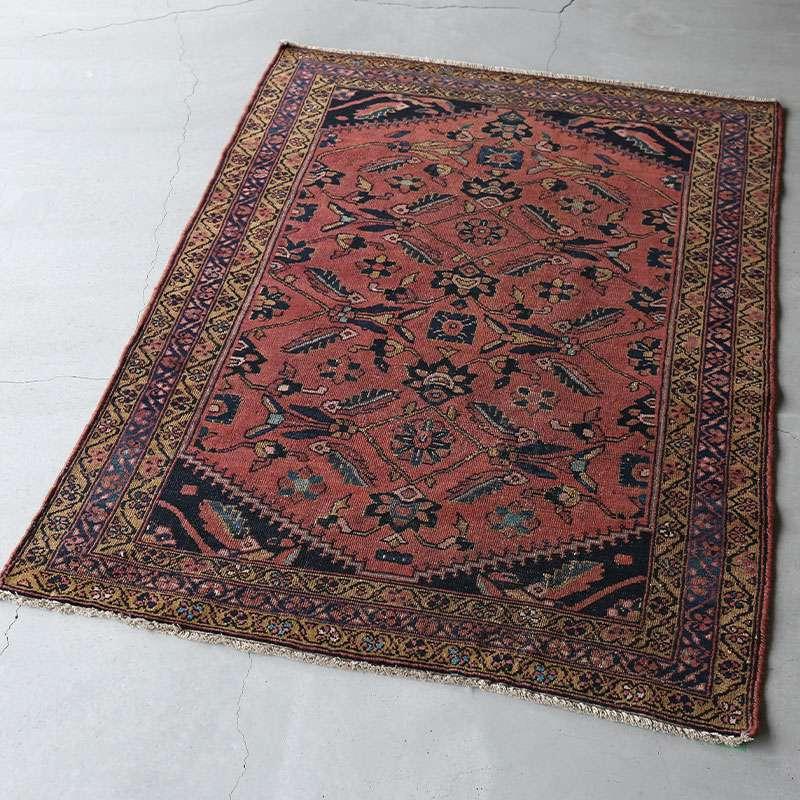 ヴィンテージラグ ハマダン / イラン / 1960年代 / 105 x 143cm / OR48-3012009 淡く明るい色合い