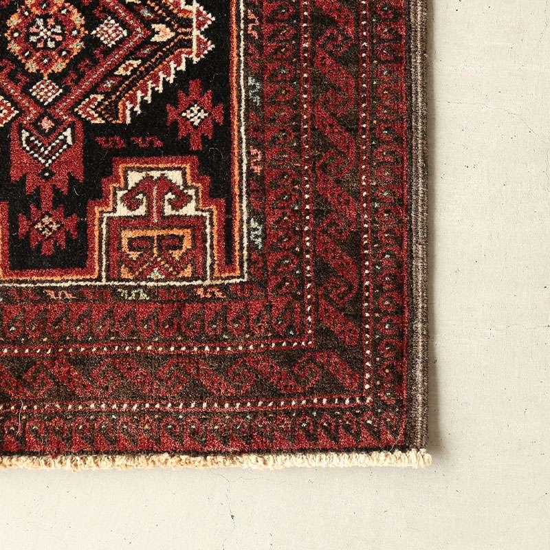 ヴィンテージラグ バルーチ / イラン / 1980年代 / 51cm x 98cm / OR52-3012013 角