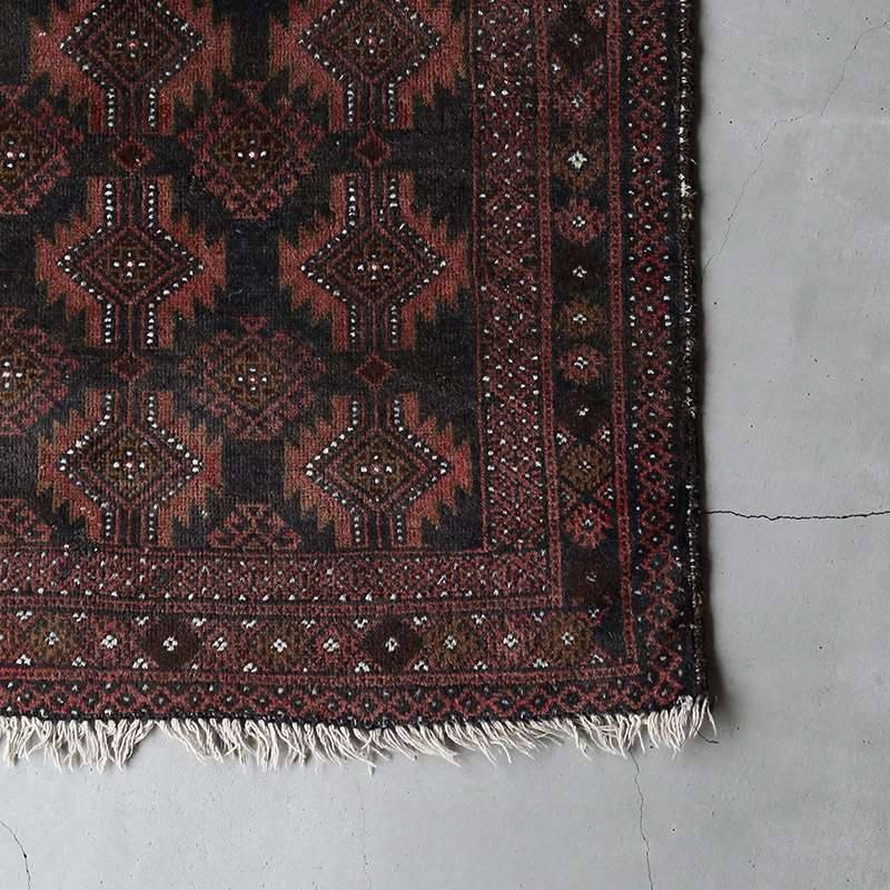 ヴィンテージラグ ノマド / 不明 / 1970年代 / 90cm x 132cm / OR8-2012008 角