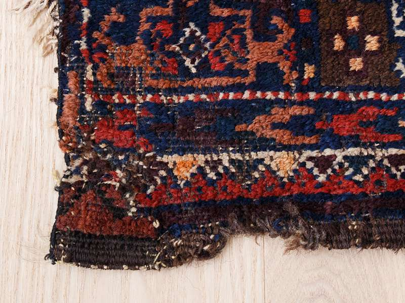 ヴィンテージラグ / トルクメン / アフガニスタン / 1970年代 / 110cm x 180cm / ORa-2009001 補修跡