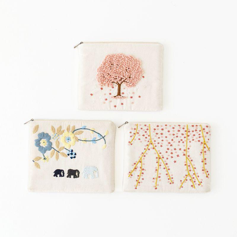 刺繍iPadポーチ