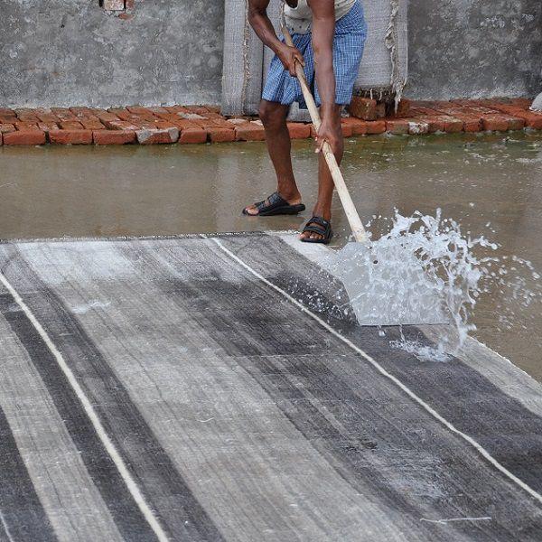 ハグみじゅうたん 洗浄工程