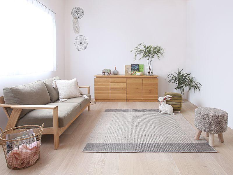 明るい木の家具